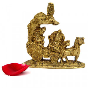 Brass Arjun Rath Idol - Online Home Decor Items