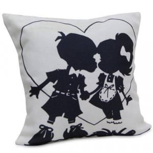 U N Me Cushion - Online Gifts