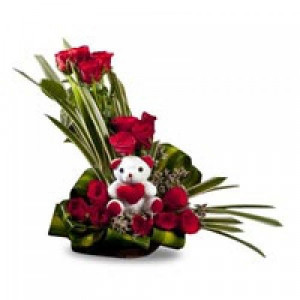 Beauty of Nature Basket - Flowers with Soft Toys online