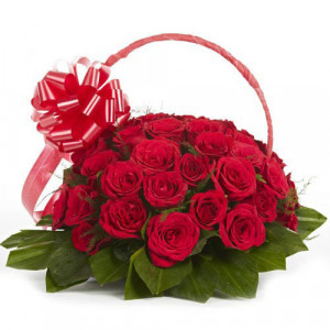 Graceful Grandeur 30 Red Roses - Promise Day Gifts Online