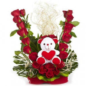 Flowerly Yours - Flowers with Soft Toys online