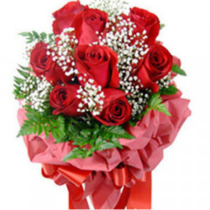 Bunch Of 8 Red Roses - Kiss Day Gifts Online