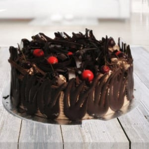 German Wild Forest Cake - Online Cake Delivery in Noida