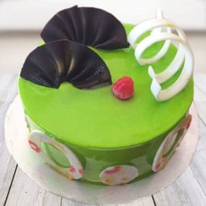 Lovely Kiwi Cake - Send Eggless Cakes Online