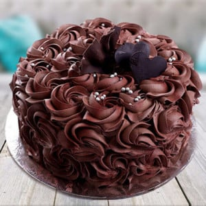 Chocolate Rose Cake - Send Black Forest Cakes Online