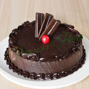 Royal Crunch Cake Eggless - Online Cake Delivery In Ludhiana