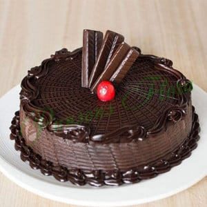 Royal Crunch Cake Eggless - Online Cake Delivery in Noida