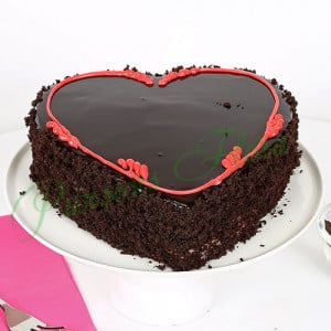 Fabulous Heart Cake - Send Chocolate Truffle Cakes Online