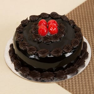 Round Shape Chocolate Truffle Cake - Valentine Flowers and Cakes Online