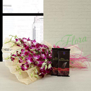 Absolute Sweet Combo - Send Flowers and Chocolates Online