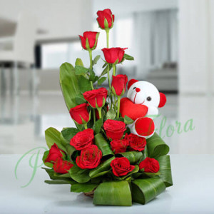 The Beauty of Nature Basket - Flowers with Soft Toys online