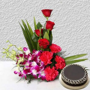 Corp Flower with Cake - Flower Basket Arrangements Online