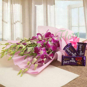 Spl Sweet Delight - Send Flowers and Chocolates Online
