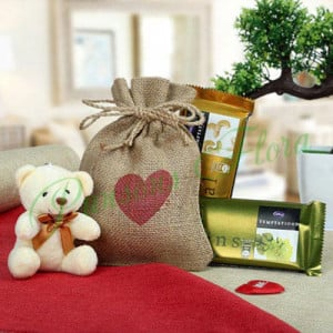 Heartiest Gift Of Love - Flowers with Soft Toys online
