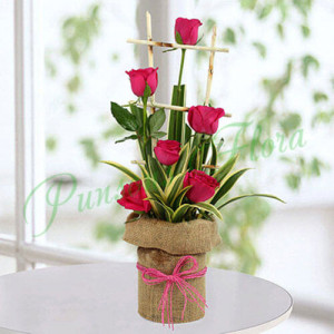 Pink Roses Arrangement - Glass Vase Arrangements