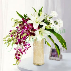 Royal Floral Arrangement - Send Lilies Online India