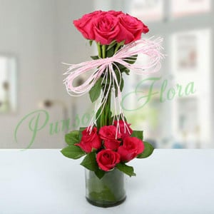 Splendid Rose Arrangement - Glass Vase Arrangements