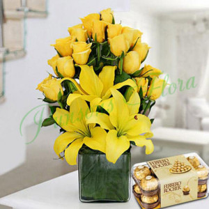 Sunshine Vase Arrangement With Rocher - Send Anniversary Gifts Online