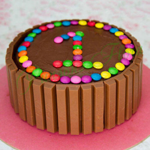 Supreme Kit Kat Cake - Mothers Day Gifts Online