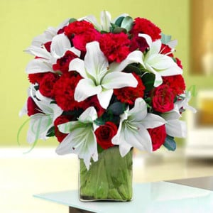 Treasurable Beauty - Glass Vase Arrangements