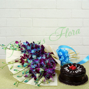 True Admiration Combo - Online Cake Delivery in Delhi