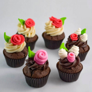 Chocolaty 6 Cup Cakes - Send Party Cakes Online