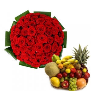 Love With Care - Flowers with fresh fruits online
