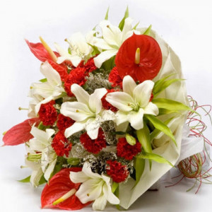 Queen of my heart - Online Flower Delivery in Gurgaon