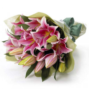 Modern Romance - Flower delivery in Bangalore online