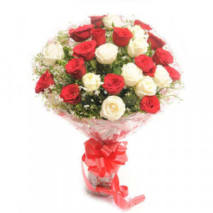 Beauty In Thirty - Flower Delivery in Bangalore | Send Flowers to Bangalore