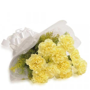 Sunny Delight 12 Yellow Carnations - Send Midnight Delivery Gifts Online