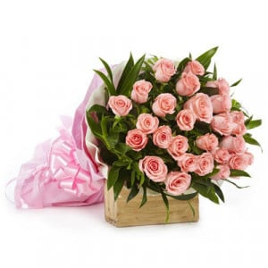 Love Bonanza 25 Pink Roses - Send Valentine Gifts for Husband