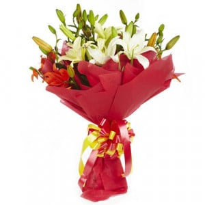 Lily Divine 10 Mix Lilies - Online Flowers and Cake Delivery in Hyderabad