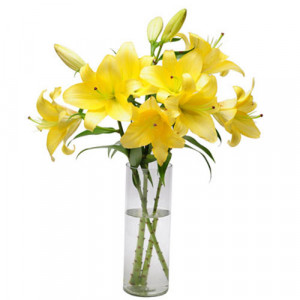 Simply Sweet - Glass Vase Arrangements