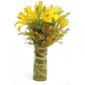 Yellow Asiatic Lilies - Glass Vase Arrangements