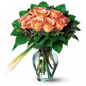 12 Peach Roses - Glass Vase Arrangements