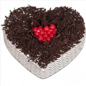 Black Forest Mid Cherry Cake (Half Kg) - Send Heart Shaped Cakes Online