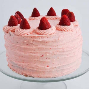 Round Shape Top Strawberry Cake - Send Strawberry Cakes Online