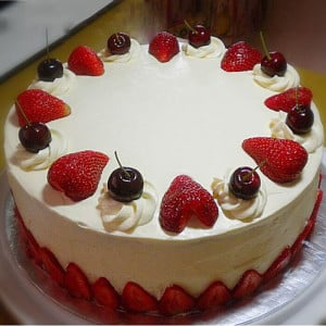 Cherry Loved Strawberry Cake - Online Cake Delivery in Faridabad