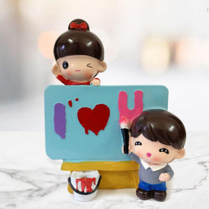 ILU Painter Showpiece - Send Gifts to Mohali