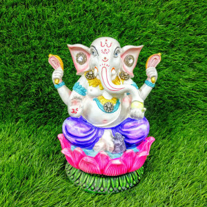 Exquisitely Crafted Load Ganesha - Send Gifts to Mohali
