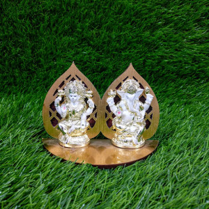 Metallic Look Lakshmi Ganesha Idols Statue - Send Gifts to Mohali