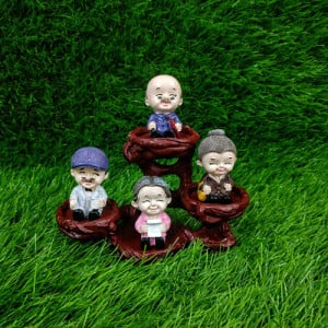 Beautiful Family Of Four Statue - Send Gifts to Mohali