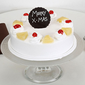 Christmas Pineapple Cake - Online Christmas Gifts Flowers Cakes