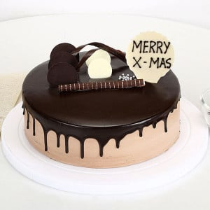 Christmas Chocolate Cake - Online Christmas Gifts Flowers Cakes