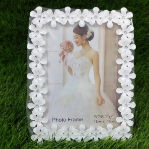 Classic Photo Frame 5 x 7 in - Send Gifts to Mohali