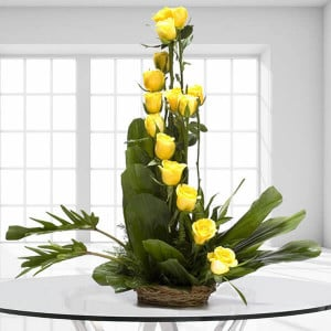 Perfect Day 15 Yellow Roses - Send Flowers to Jalandhar