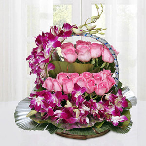 Cradle Of Best Wishes - Flower Basket Arrangements Online