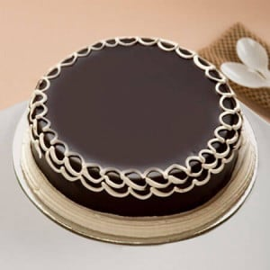 Chocolate Cake 1 Kg Online - Birthday Cake Delivery in Gurgaon