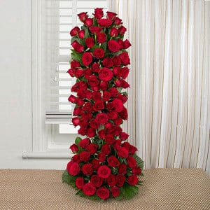 Long Live Love 100 Red Roses Online - Online Flower Delivery in Gurgaon